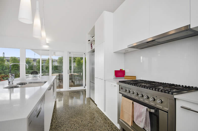 Holiday rental accommodation barwon heads fully equipped kitchen